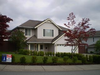 Photo 1: 8190 DOROTHEA CT in Mission: Mission BC House for sale : MLS®# F1410989