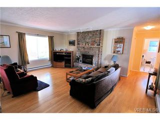 Photo 3: 2157 Jahn Place in SIDNEY: SI Sidney North-West Residential for sale (Sidney)  : MLS®# 340093