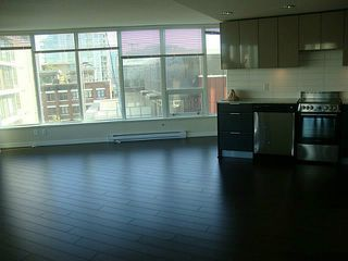 Photo 2: # 504 445 W 2ND AV in Vancouver: False Creek Condo for sale (Vancouver West)  : MLS®# V1099110