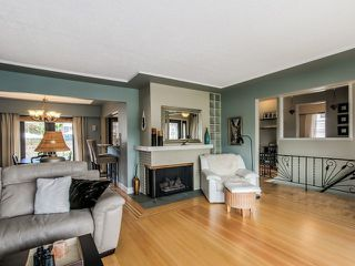Photo 4: 910 SURREY ST in New Westminster: The Heights NW House for sale : MLS®# V1130286