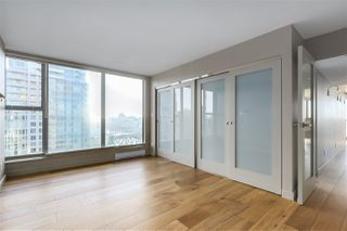 Photo 8: 2202 1000 BEACH AVENUE in Vancouver: Yaletown Condo for sale (Vancouver West)  : MLS®# R2324364