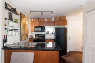 Photo 5: PH16 2265 E HASTINGS STREET in Vancouver: Hastings Condo for sale (Vancouver East)  : MLS®# R2335060