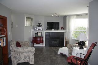 Photo 4: 117 3176 Gladwin Road in Abbotsford: Condo for sale : MLS®# R2352633