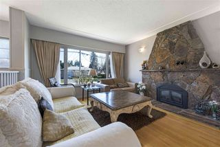 Photo 5: 919 DUNDONALD DRIVE in Port Moody: Glenayre House for sale : MLS®# R2353817
