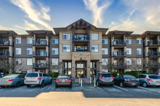 "Photo 1: 426 12258 224 Street in Maple Ridge: East Central Condo for sale in ""Stonegate"" : MLS®# R2443781"