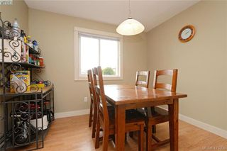 Photo 5: 824 Beckwith Avenue in VICTORIA: SE Lake Hill Half Duplex for sale (Saanich East)  : MLS®# 423209