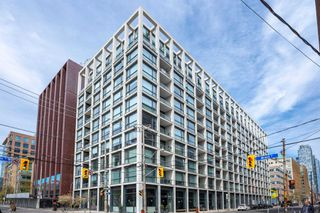 Photo 1: 1013 39 Brant Street in Toronto: Waterfront Communities C1 Condo for sale (Toronto C01)  : MLS®# C4758613