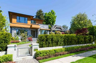 Photo 2: 3707 W 39TH Avenue in Vancouver: Dunbar House for sale (Vancouver West)  : MLS®# R2455264