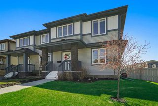 Photo 3: 25 ABBEY Road: Sherwood Park House Half Duplex for sale : MLS®# E4197898