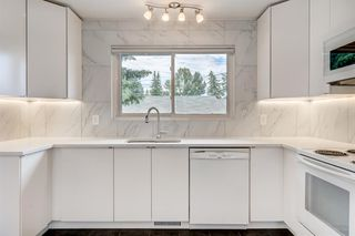 Main Photo: 215 64 Avenue NW in Calgary: Thorncliffe Detached for sale : MLS®# A1013008