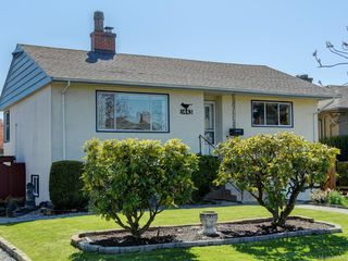 Photo 22: 1443 Stroud Rd in Victoria: Vi Oaklands Single Family Detached for sale : MLS®# 843386