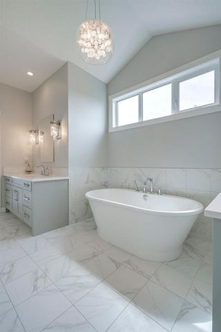 Photo 28: 230 VALLEY POINTE Way NW in Calgary: Valley Ridge Detached for sale : MLS®# A1025624