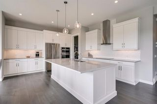 Photo 11: 230 VALLEY POINTE Way NW in Calgary: Valley Ridge Detached for sale : MLS®# A1025624