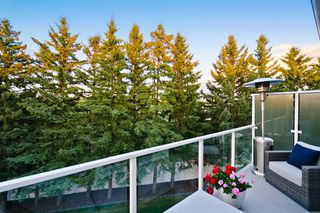 Photo 18: 90 West Grove Point SW in Calgary: West Springs Detached for sale : MLS®# A1025955