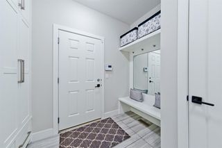 Photo 3: 90 West Grove Point SW in Calgary: West Springs Detached for sale : MLS®# A1025955