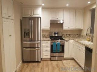 Photo 2: CARMEL VALLEY Townhome for rent : 3 bedrooms : 3674 CARMEL VIEW ROAD in San Diego
