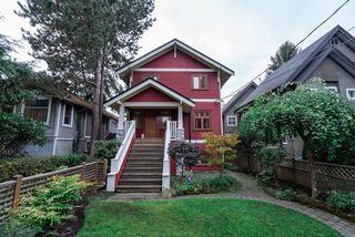 Photo 1: 3424 W 7TH Avenue in Vancouver: Kitsilano House 1/2 Duplex for sale (Vancouver West)  : MLS®# R2509368