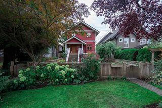 Photo 3: 3424 W 7TH Avenue in Vancouver: Kitsilano House 1/2 Duplex for sale (Vancouver West)  : MLS®# R2509368