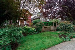 Photo 2: 3424 W 7TH Avenue in Vancouver: Kitsilano House 1/2 Duplex for sale (Vancouver West)  : MLS®# R2509368
