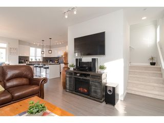 """Photo 9: 130 8138 204 Street in Langley: Willoughby Heights Townhouse for sale in """"Ashbury and Oak"""" : MLS®# R2510885"""