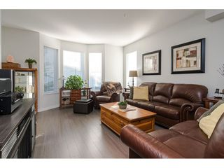"""Photo 6: 130 8138 204 Street in Langley: Willoughby Heights Townhouse for sale in """"Ashbury and Oak"""" : MLS®# R2510885"""