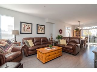 """Photo 8: 130 8138 204 Street in Langley: Willoughby Heights Townhouse for sale in """"Ashbury and Oak"""" : MLS®# R2510885"""