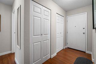 Photo 2: 207 1101 Hilda St in : Vi Fairfield West Condo for sale (Victoria)  : MLS®# 859574