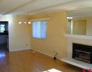 Photo 3: 15459 Pacific Avenue: White Rock Home for sale ()  : MLS®# F2602915