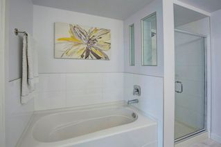 Photo 14: 2102 1078 6 Avenue SW in Calgary: Downtown West End Apartment for sale : MLS®# A1059914