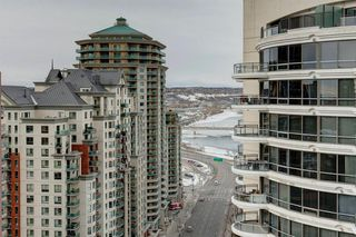 Photo 15: 2102 1078 6 Avenue SW in Calgary: Downtown West End Apartment for sale : MLS®# A1059914