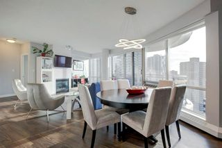 Photo 5: 2102 1078 6 Avenue SW in Calgary: Downtown West End Apartment for sale : MLS®# A1059914