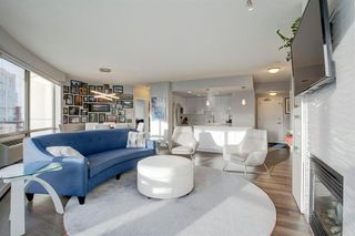 Photo 3: 2102 1078 6 Avenue SW in Calgary: Downtown West End Apartment for sale : MLS®# A1059914
