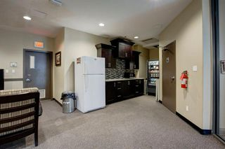 Photo 32: 2102 1078 6 Avenue SW in Calgary: Downtown West End Apartment for sale : MLS®# A1059914