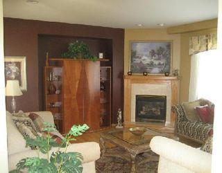 Photo 3: Beautiful Executive Home