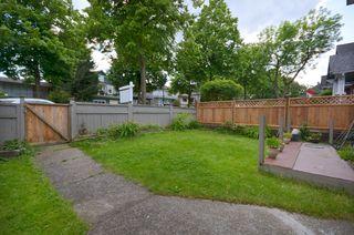 """Photo 10: 743 & 741 E 10TH Avenue in Vancouver: Mount Pleasant VE House for sale in """"MOUNT PLEASANT"""" (Vancouver East)  : MLS®# V953963"""