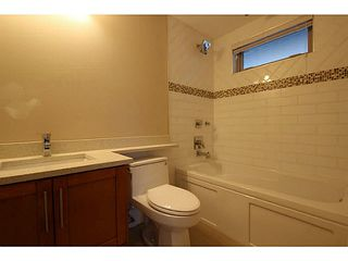 Photo 9: 1932 CHARLES Street in Vancouver: Grandview VE House 1/2 Duplex for sale (Vancouver East)  : MLS®# V1075789