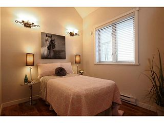 Photo 6: 1932 CHARLES Street in Vancouver: Grandview VE House 1/2 Duplex for sale (Vancouver East)  : MLS®# V1075789