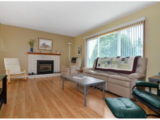 "Photo 2: 1150 MAPLE Street: White Rock House for sale in ""White Rock"" (South Surrey White Rock)  : MLS®# F1417815"