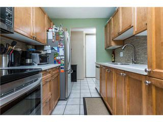 Photo 9: # 305 570 E 8TH AV in Vancouver: Mount Pleasant VE Condo for sale (Vancouver East)  : MLS®# V1140433