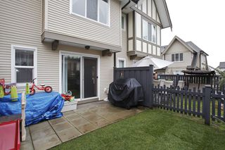 Photo 11: 92-20875 80th Avenue in Langley: Willoughby Heights Townhouse for sale : MLS®# f1402186