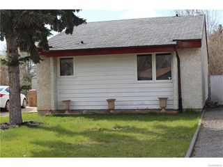 Main Photo: 822 ATHLONE COURT N in Regina: McCarthy Park Single Family Dwelling for sale (Regina Area 01)  : MLS®# 607910