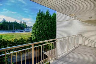 "Photo 18: 303 15210 GUILDFORD Drive in Surrey: Guildford Condo for sale in ""Boulevard Club"" (North Surrey)  : MLS®# R2398231"