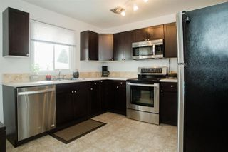 Photo 3: 16155 110B Avenue in Edmonton: Zone 21 House for sale : MLS®# E4174334
