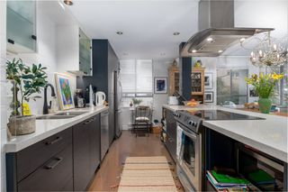 """Photo 20: 202 1485 DUCHESS Avenue in West Vancouver: Ambleside Condo for sale in """"THE MERMAID"""" : MLS®# R2430199"""