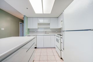 """Photo 4: 804 1255 MAIN Street in Vancouver: Downtown VE Condo for sale in """"Station Place"""" (Vancouver East)  : MLS®# R2435187"""