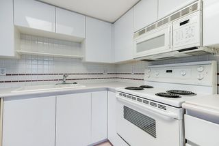 """Photo 5: 804 1255 MAIN Street in Vancouver: Downtown VE Condo for sale in """"Station Place"""" (Vancouver East)  : MLS®# R2435187"""