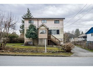 Photo 3: 816 CATHERINE Avenue in Coquitlam: Coquitlam West House for sale : MLS®# R2441115