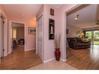 """Photo 3: 35 7001 EDEN Drive in Chilliwack: Sardis West Vedder Rd House for sale in """"EDENBANK"""" (Sardis)  : MLS®# R2470390"""