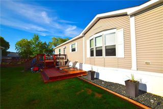 Photo 3: 34 TIMBER Lane in St Clements: Pineridge Trailer Park Residential for sale (R02)  : MLS®# 202015858