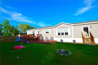 Photo 2: 34 TIMBER Lane in St Clements: Pineridge Trailer Park Residential for sale (R02)  : MLS®# 202015858